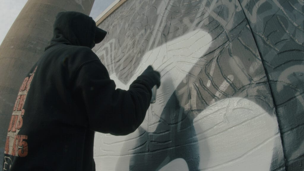 Defy paints mural in Philadelphia for relaunch.